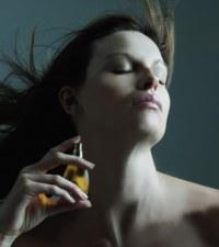 Hova permetezd a parfümöt?
