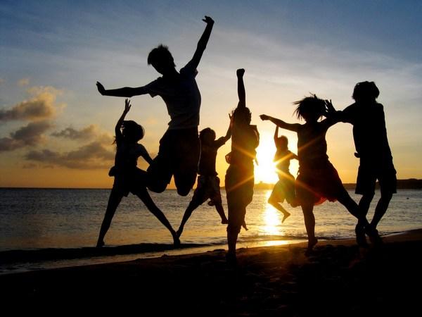 Légy boldog! Találkozz a barátaiddal!